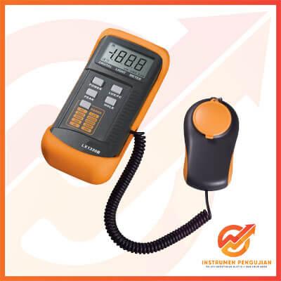 Jual Digital Lux Meter AMTAST LX1330B